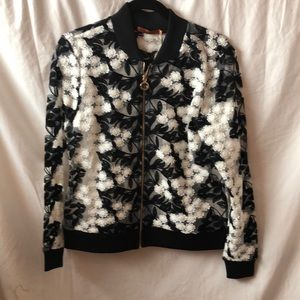 Belldini Embroidered jacket in black and white